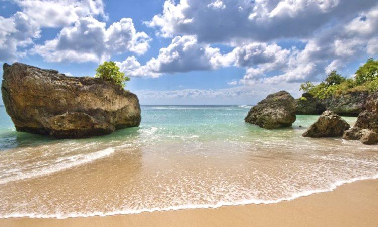 15.-Pantai-Padang-Padang