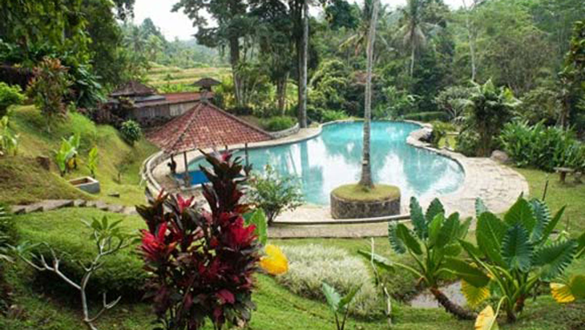 Kolam-Air-Panas-Penatahan-Tabanan-Yeh-Panes-Bali-Feature-Image