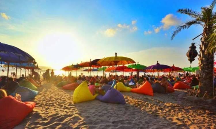 Pantai-Double-Six-Bali