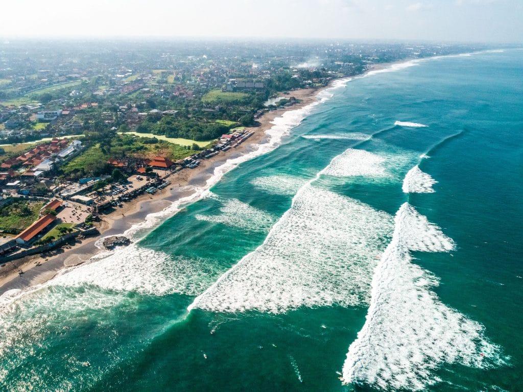 Pantai-Echo-Beach