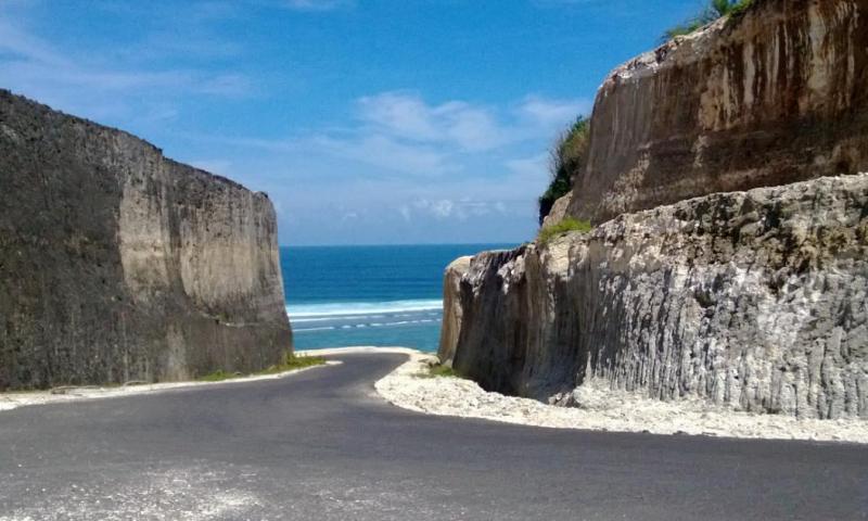 Pantai-pandawa-bali_800x480
